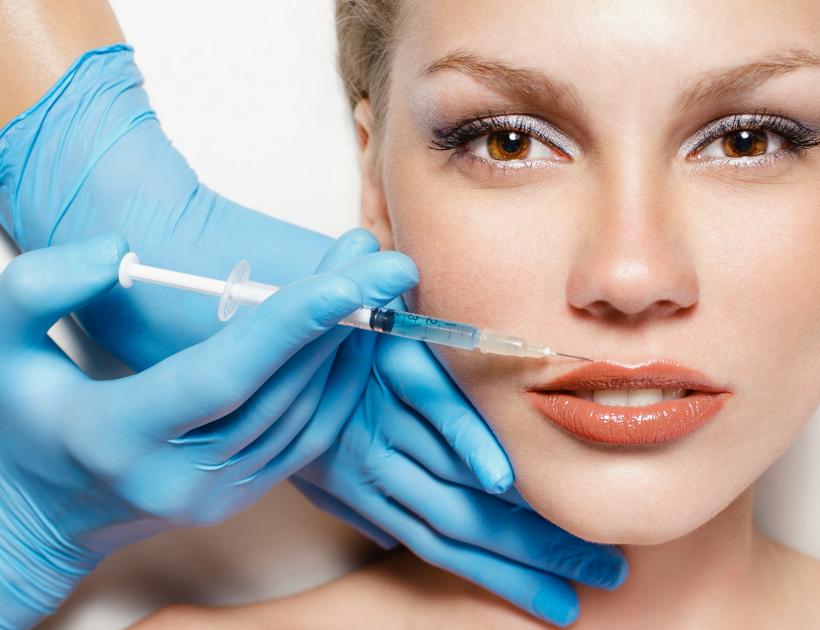 Czy warto się zdecydować na operację plastyczną?